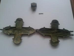 Double-Cross-reliquary-bronze-open