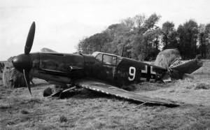 Messerschmitt_Bf109F_JG51_white_9_eastern_front
