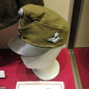 cuck-300x300 Fragment ochelari pilot Luftwaffe si alte  obiecte.