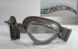 luftwaffe-goggles-budak-300x187 Fragment ochelari pilot Luftwaffe si alte  obiecte.