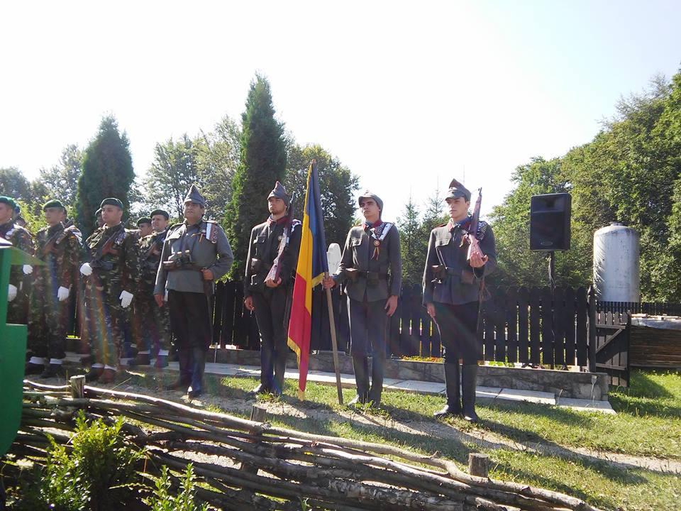 Depunerea de coroane la Centenarul batalilor de la Oituz-Cireșoaia
