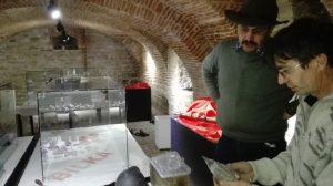 """IMG_20171128_125533-300x168 Fotografii de la vernisajul Complexului Muzeal Bistrita-Nasaud, in colaborare cu Asociatia """"Prospectorii Istoriei"""" si Asociatia """"Exploratorii Transilvaniei"""""""
