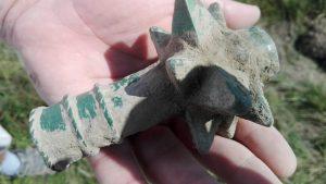 O noua descoperire langa Bistrita - Buzdugan de bronz medieval in stare perfecta de conservare