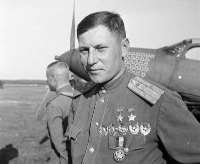Alexander Ivanovich Pokryshkin pilotul care a distrus trei Stuka la Iasi intr-o singura lupta